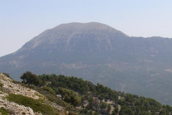 Aventura Ascensión a La Sagra 2383 m