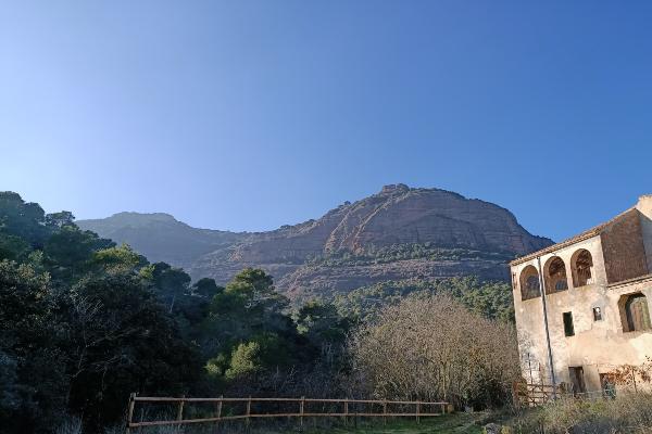 Aventura ascensión al Montcau y la Mola